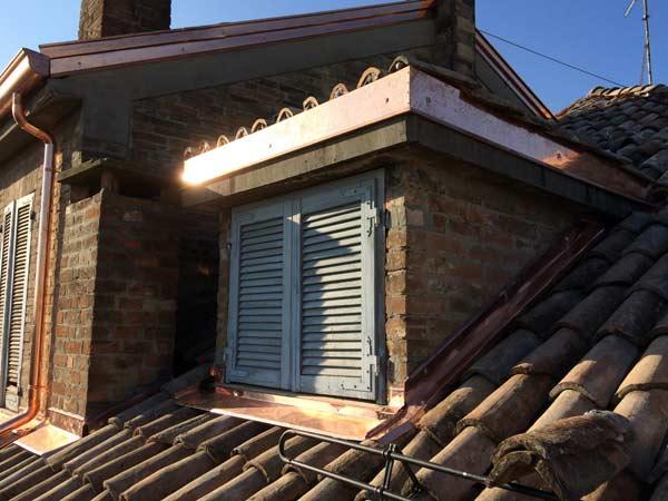 Ristrutturare-tetti-vecchi-casa-di-campagna-Parma
